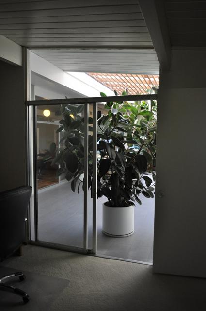 Blog-officeatriumview