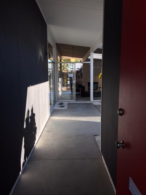 Salemblog-atriumentrance