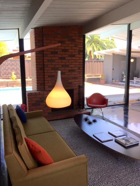 Sacramentolivingroom1
