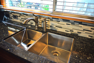 Blog-kitchensinkdetail