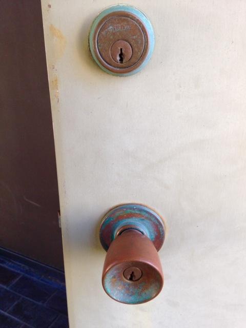Blog-doorknob
