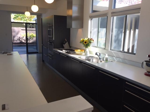 Losbanos-kitchen1