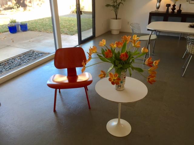 Losbanos-livingroom12